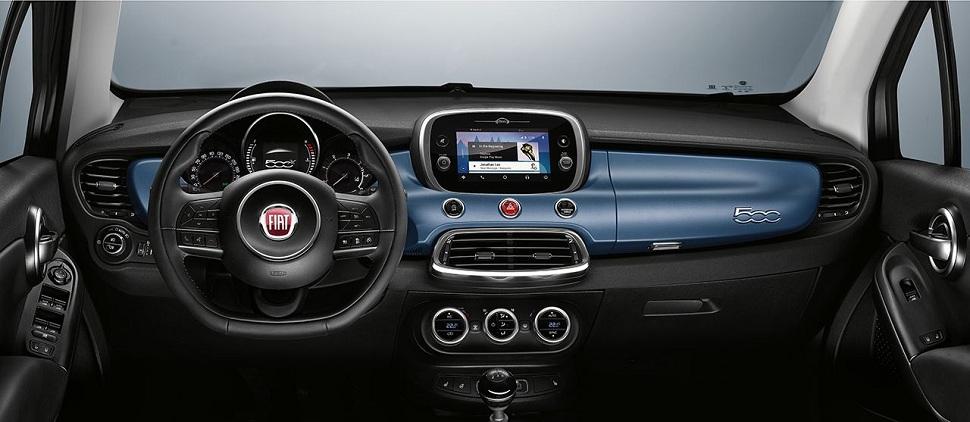 automobile-fiat-500-tableau-bord