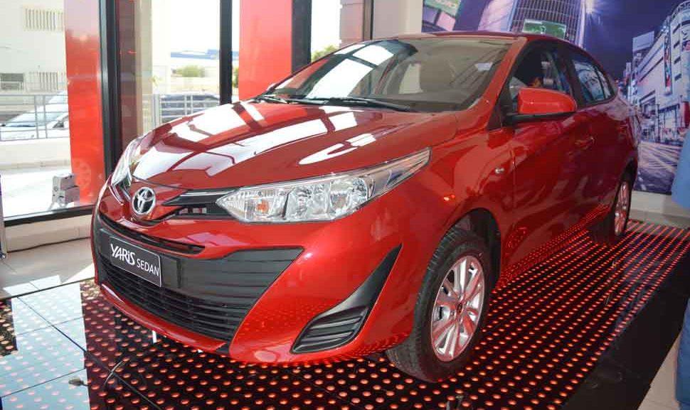 Toyota_yaris_sedan