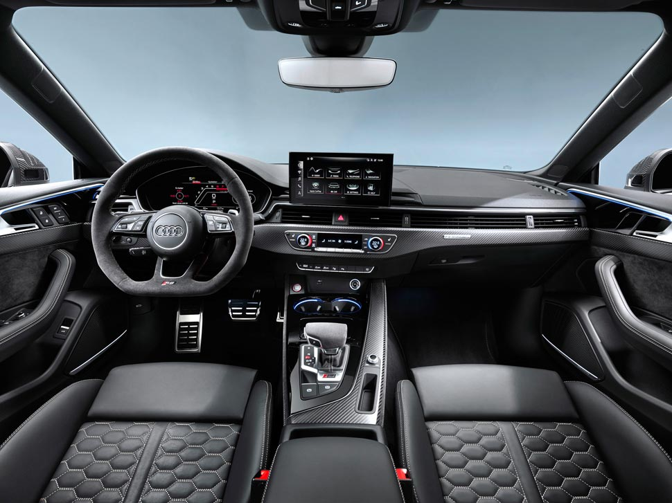 interieur-audi-RS5